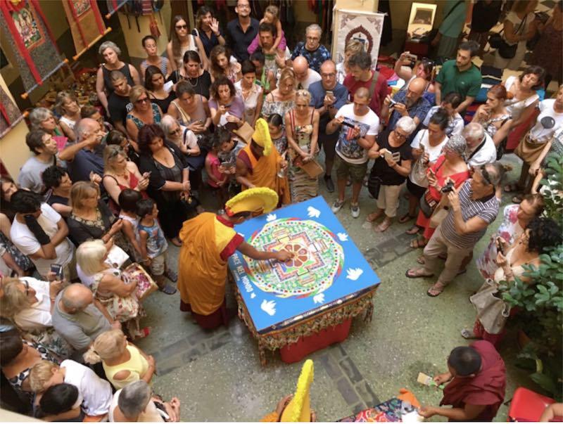 """""""Mandala por la Paz"""" - Actividades como meditación, sonoterapia y yoga en Tenerife Sur - Centro Budista """"Ghe Pel Ling"""" Canarias"""