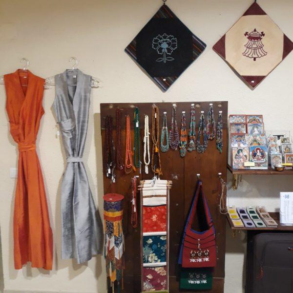 Artesanía Tibetana en Ghe Pel Ling Canarias, Tenerife - Centro de meditación y estudio de Budismo tibetano. 4